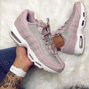 NIKE AIR MAX 95 SE GLITTER Rose Pink Size 8 NWOB